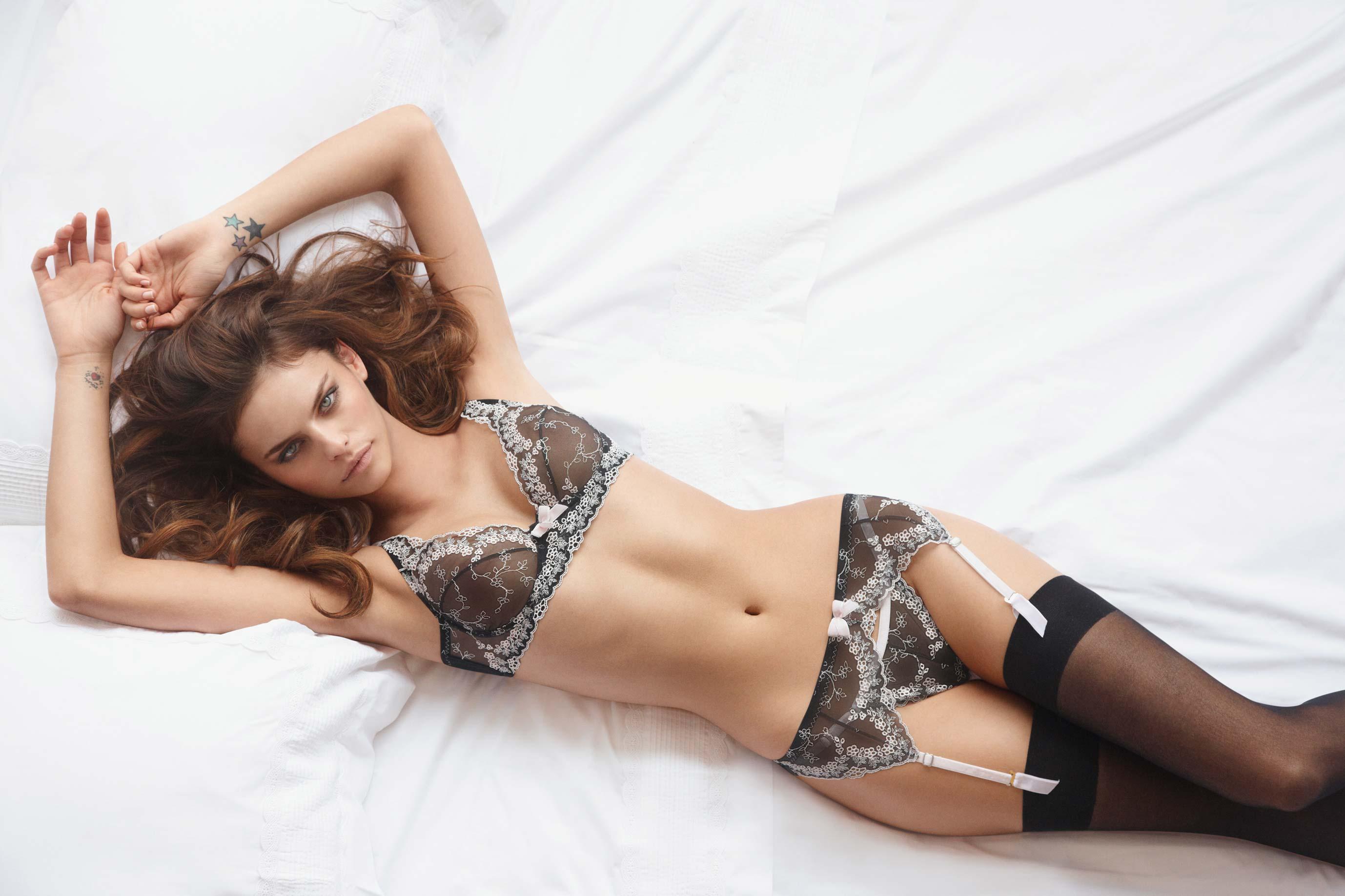 Реклама нижнего женского белья порно фото 705-748
