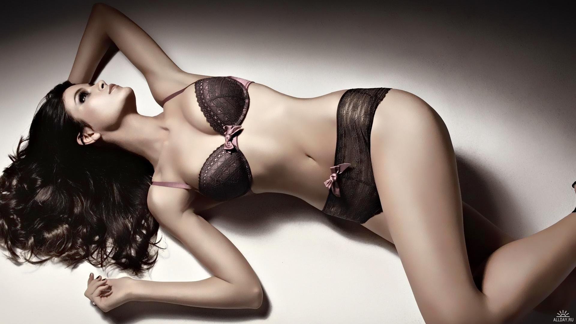 Реклама нижнего женского белья порно фото 705-717